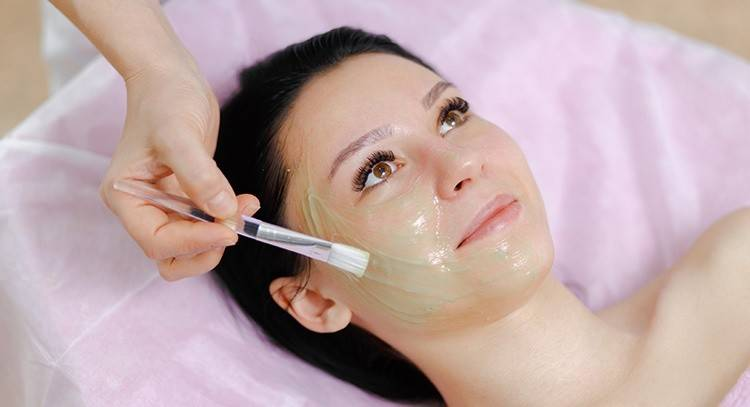 Beauty Parlor - side business for ladies in india